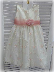 Φορεματάκι  by Valentina
